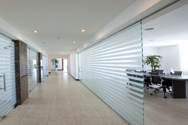 Glass-Partition-small-e1391948820903