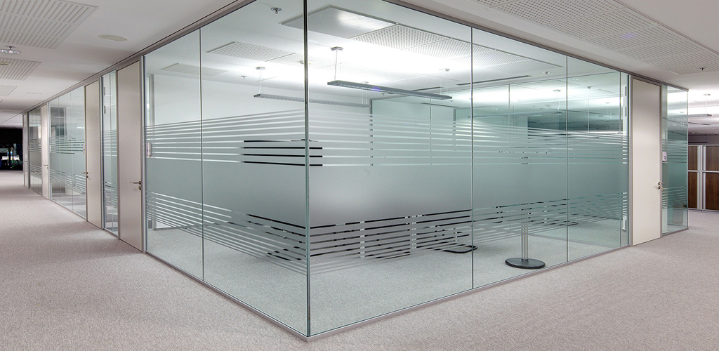 Frameless-Glass-Partitions